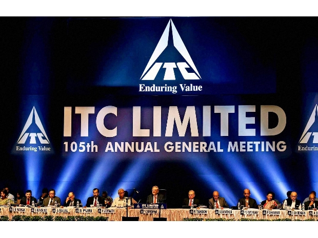 ITC Chairman Y C Deveshwar addresses shareholders in the presence of other board members during 105th Annual General Meeting of the Company